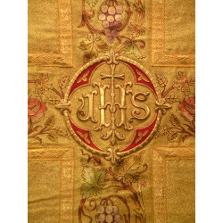Gold cloth flowers and grapes coloured
