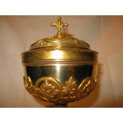 Gold Gothic Ciboriun