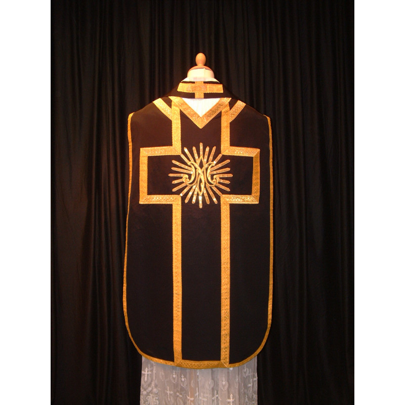 Black and gold vestment and stole