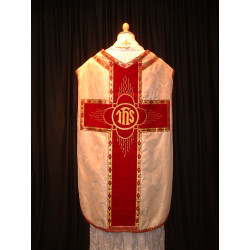 White chasubla red cross