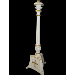 Wooded Paschal candlestick  Circa 1834