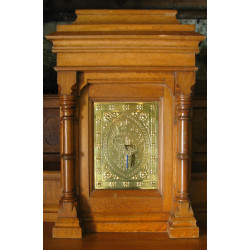 Oak Brass Tabernacle
