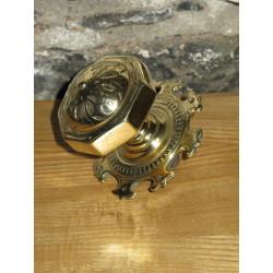 Gothic handle